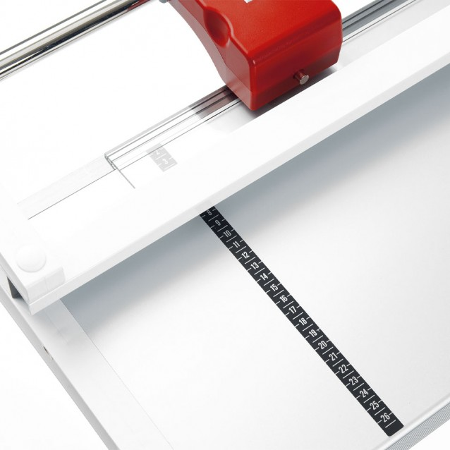 Triumph™ 0135 Large Format Floor Model Rotary Trimmer